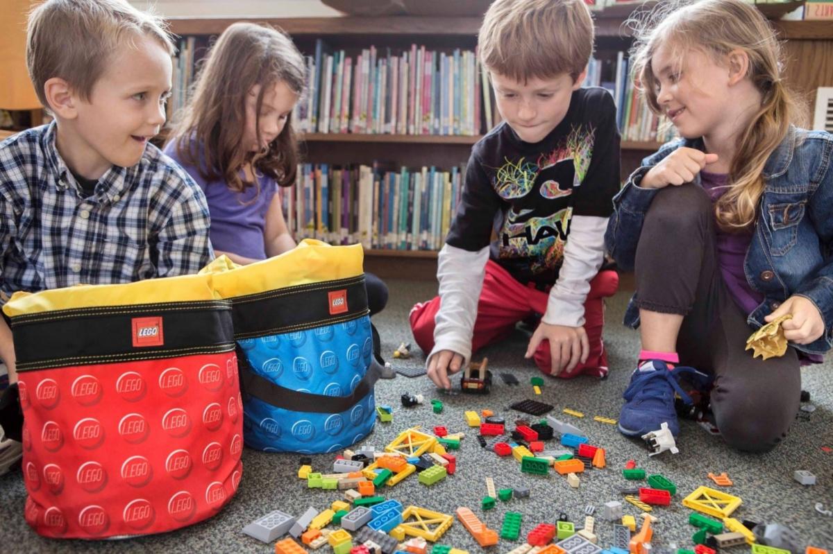 Lego, Kubełek LEGO - czerwony (512576)